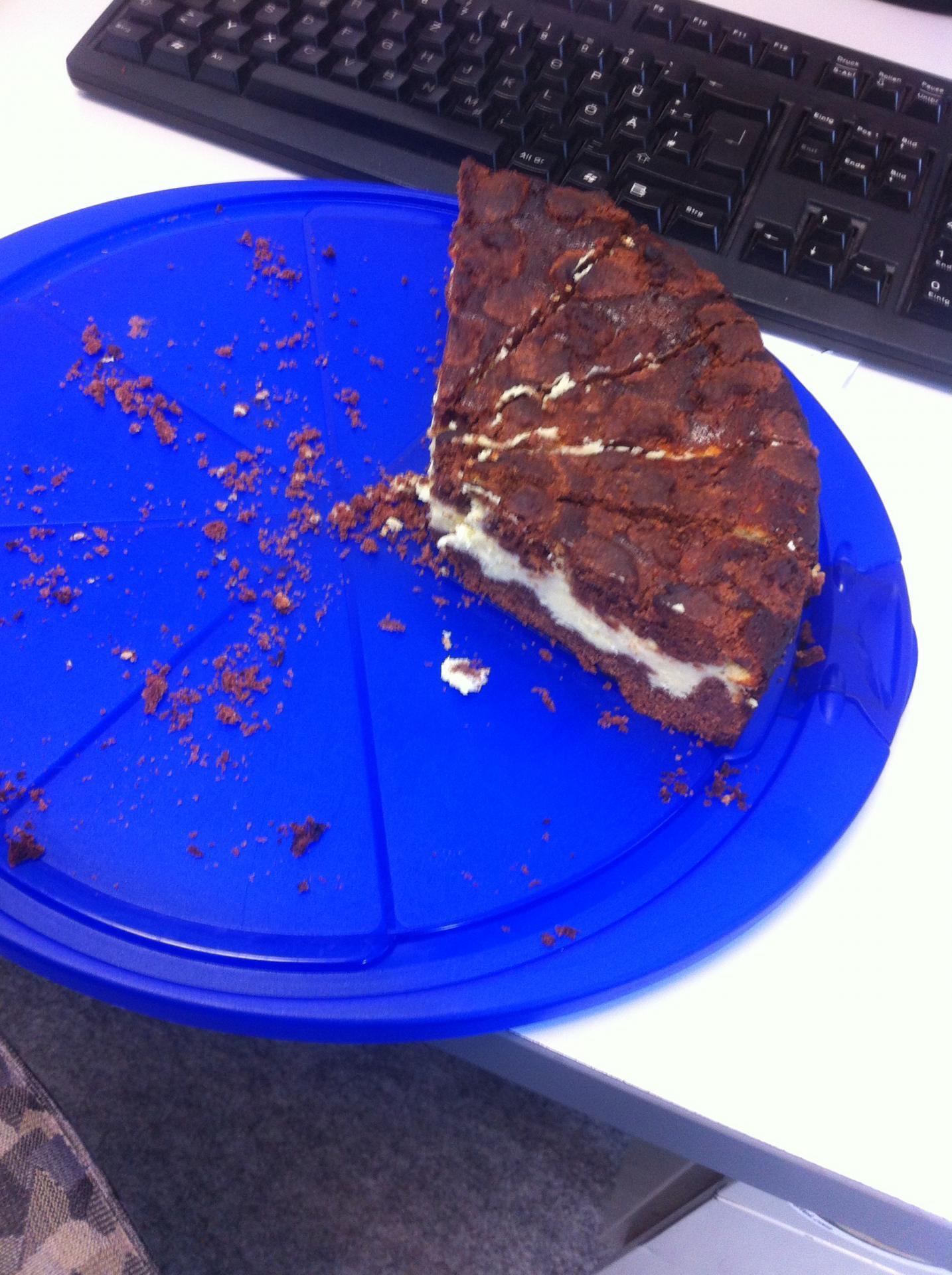 Das letzte Stück Kuchen von unserem Azubi